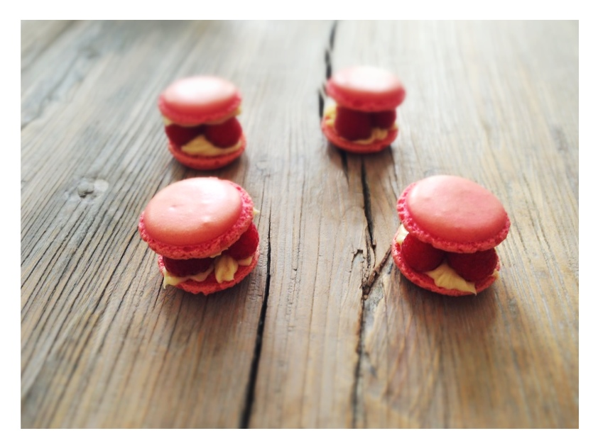 Vanilla-Raspberry Macarons